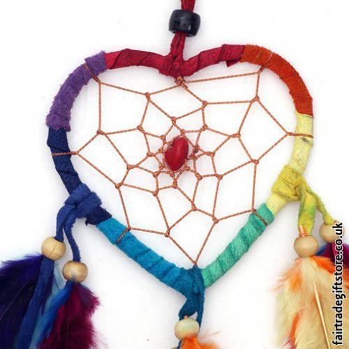 Fair-Trade-Dreamcatcher-Rainbow-Heart-detail