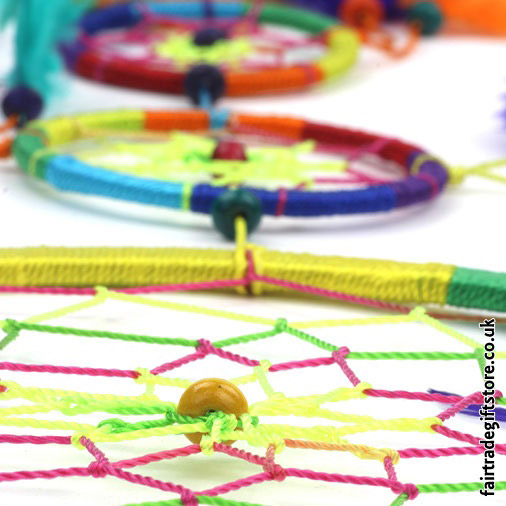Fair-Trade-Dreamcatcher-Rainbow-Large-Five-Ring-detail