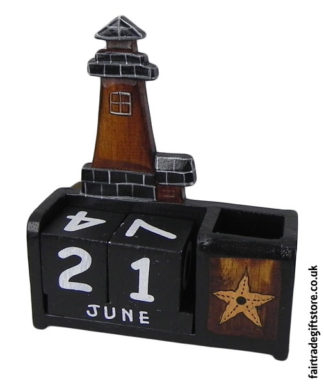 Fair-Trade-Wooden-Calendar-Black-Lighthouse