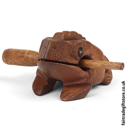 Fair-Trade-Güiro-Croaking-Wooden-Frog-Front-View