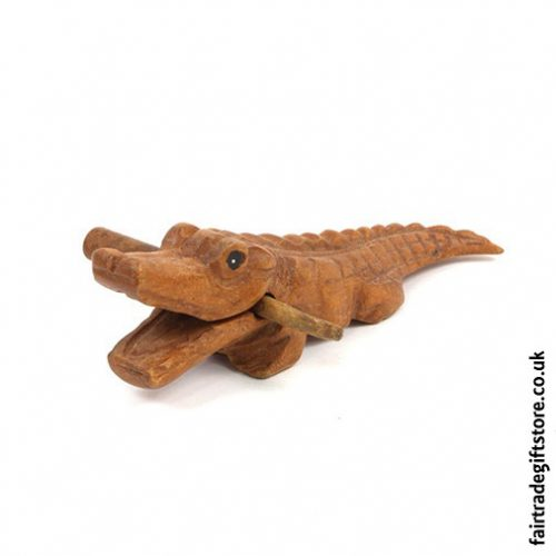 Fair-Trade-Güiro-Wooden-Crocodile