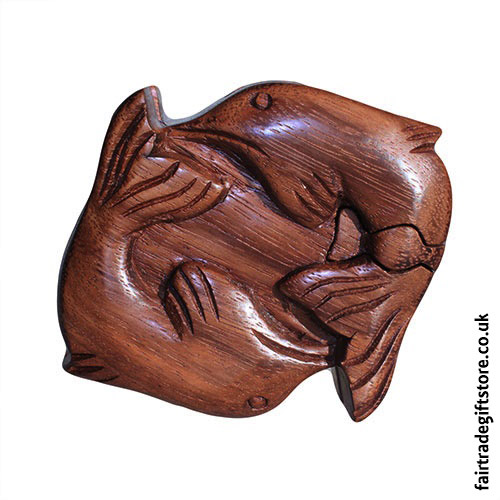 Fair-Trade-Wooden-Puzzle-Trinket-Box,-Dolphins