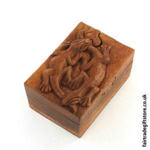 Fair-Trade-Wooden-Puzzle-Trinket-Box,-Two-Geckos