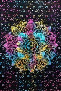 Tie-Dye-Mandala-Throw