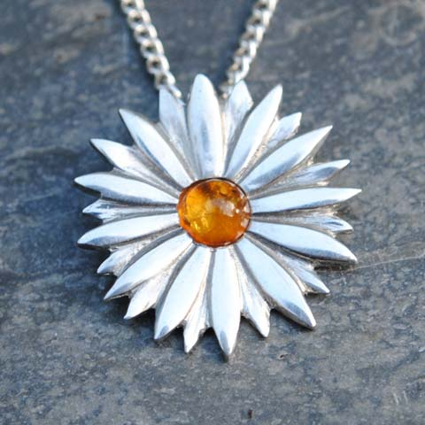 Handmade-Pewter-Daisy-Necklace-with-Amber-Gem