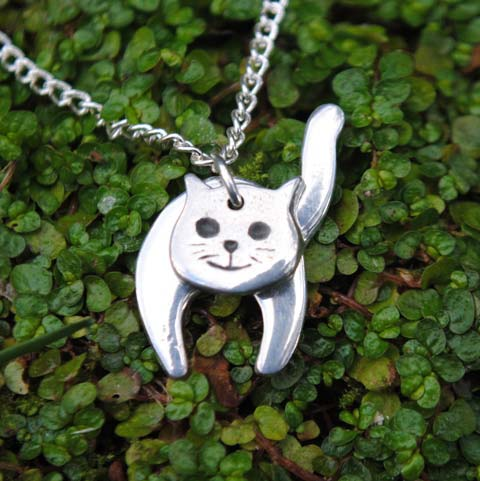 Handmade-Pewter-Two-Part-Cat-Necklace-